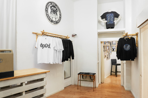 Showroom1.jpg